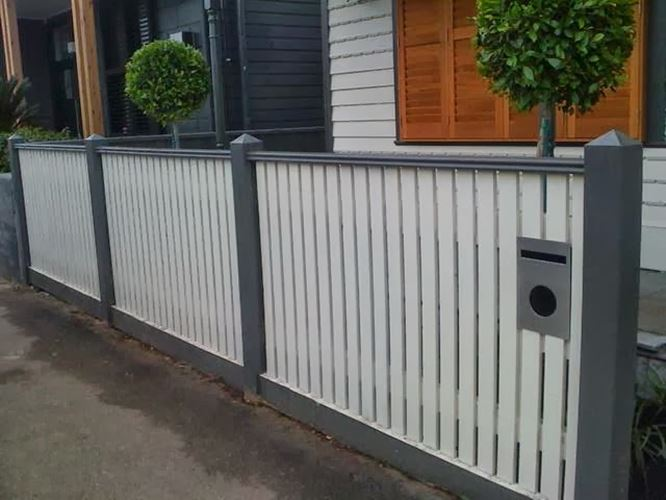 Nice Minimalist Home Iron Fence Design