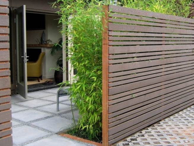 Simple Wooden Fence For Minimalist House