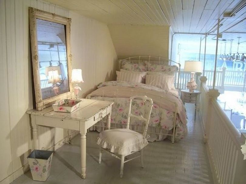 Small interior design for shabby chic bedroom 4 home ideas Shabby chic girls bedroom furniture
