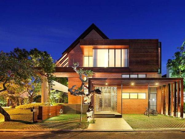 Tropical House Design With 2 Storey