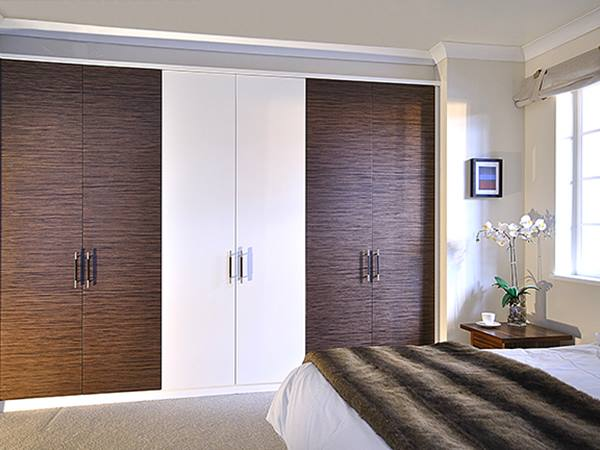 Luxury bedroom wardrobe color combination 4 home ideas for Kitchen wardrobe colours