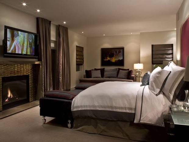 Master Bedroom With Luxury Accessories
