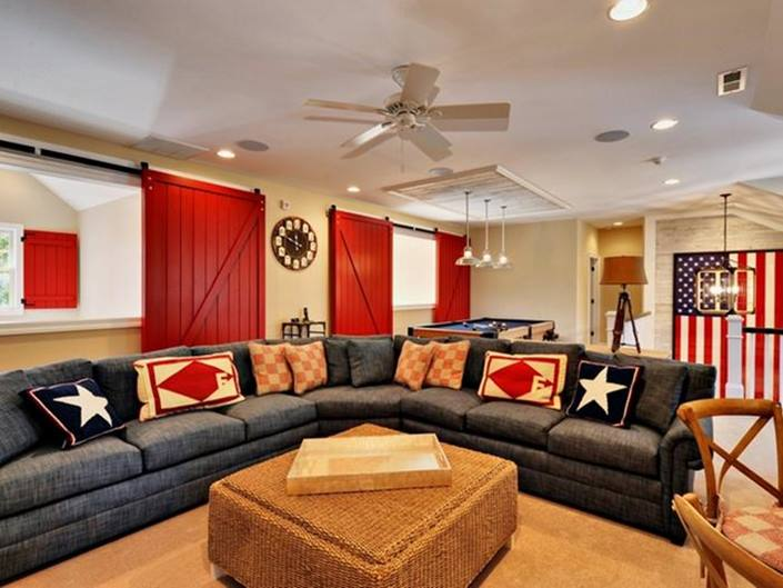 Nice Living Room With Americana Home Decor