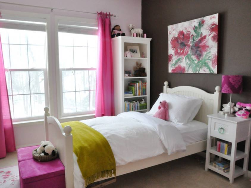 Simple Minimalist Girl Bedroom Decor