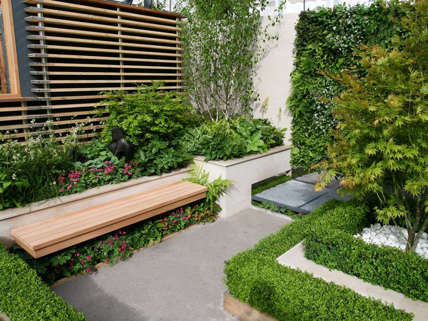 Urban Garden Design In Narrow Area