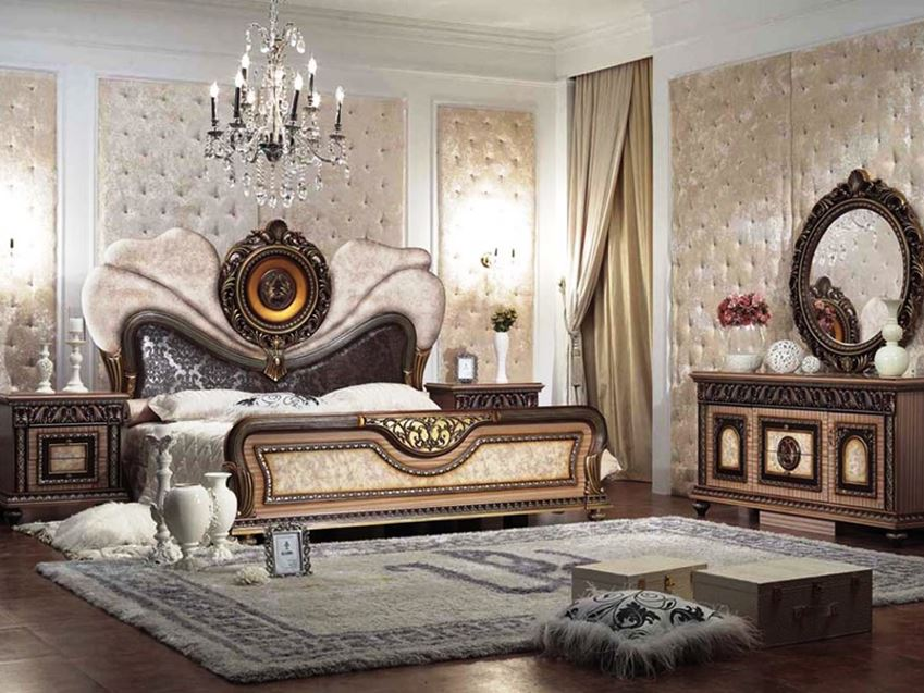 Vintage Furniture For Luxury Bedroom Decor