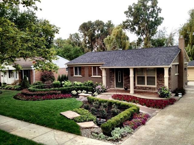 Small Front Yard Design To Beautify Minimalist Home | 4 Home Ideas