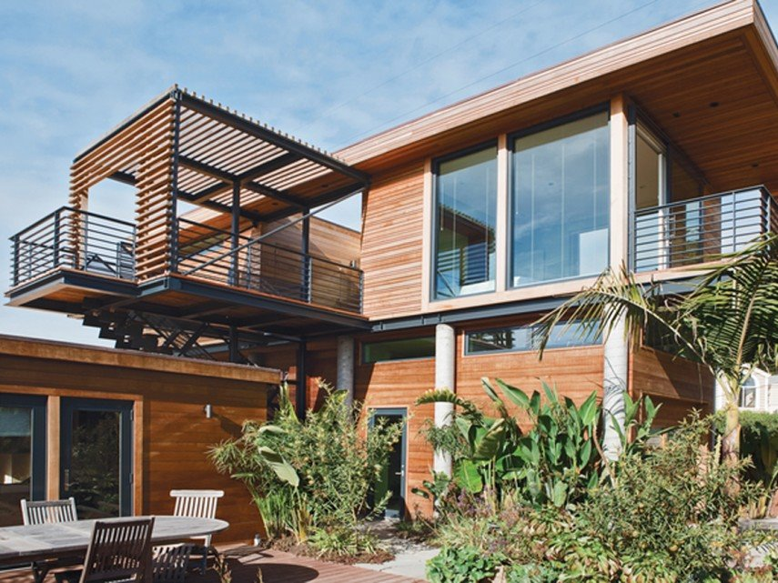Beautiful Tropical Wooden House Decoration