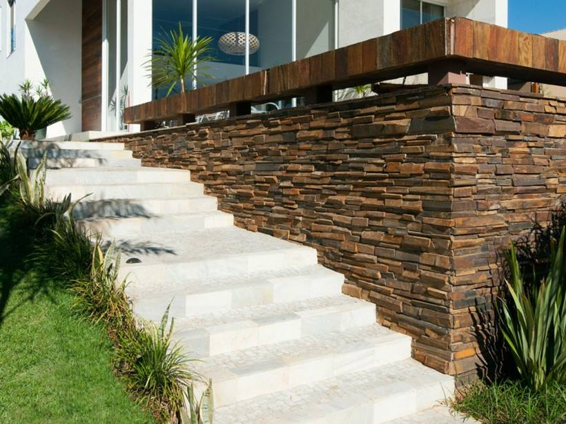 Natural Stone Fence For Minimalist Home