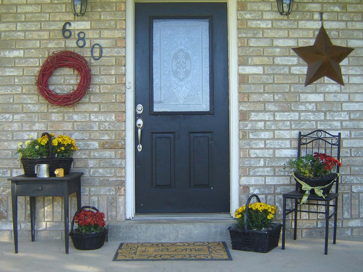 Small front porch decorating ideas 4 home ideas for Front porch plans free