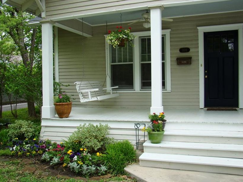 Small Front Porch Design Layout