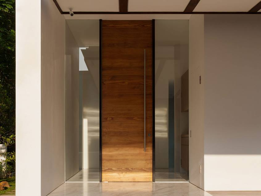 Minimalist doors the sliding glass doors for aesthetic for Minimalist door design