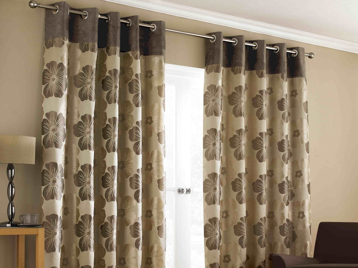 Attractive Floral Curtain Design Idea