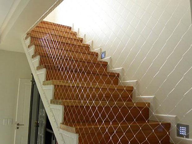 Beautiful Home Stairs Design Photo - 4 Home Ideas
