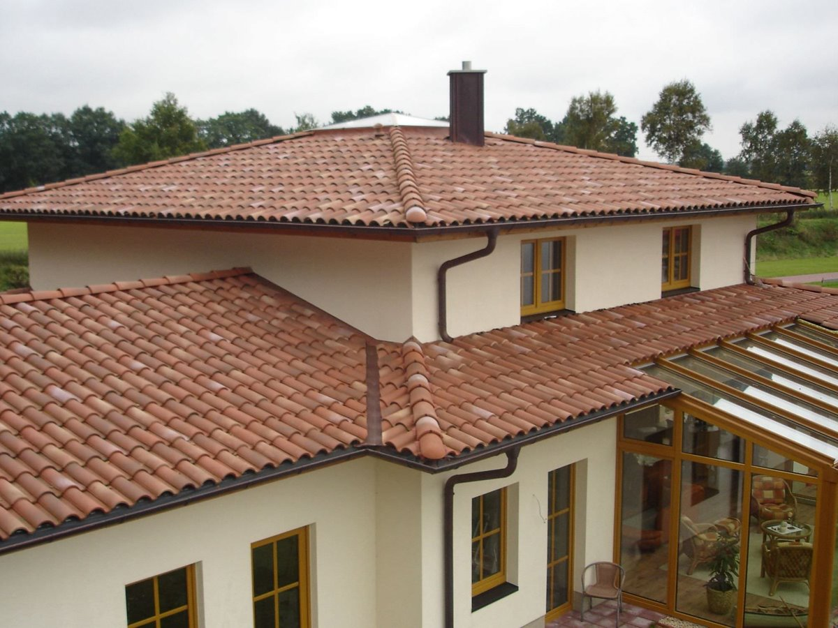 Clay Roof Design For Minimalist Home