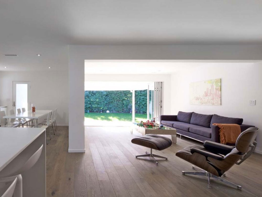 Comfortable Minimalist Living Room Interior