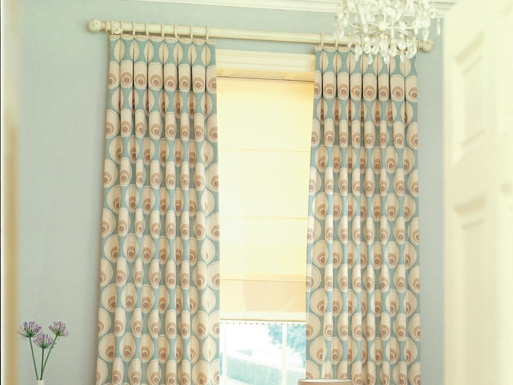 Floral Pattern Curtain Design Idea