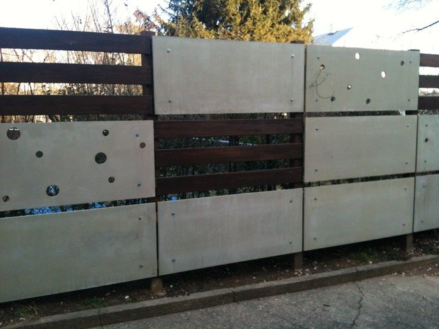 Home Fence Idea With Contemporary Style