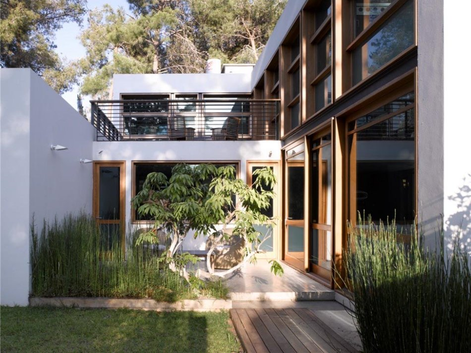 Minimalist garden design for elegant house 4 home ideas for Minimalist landscape design