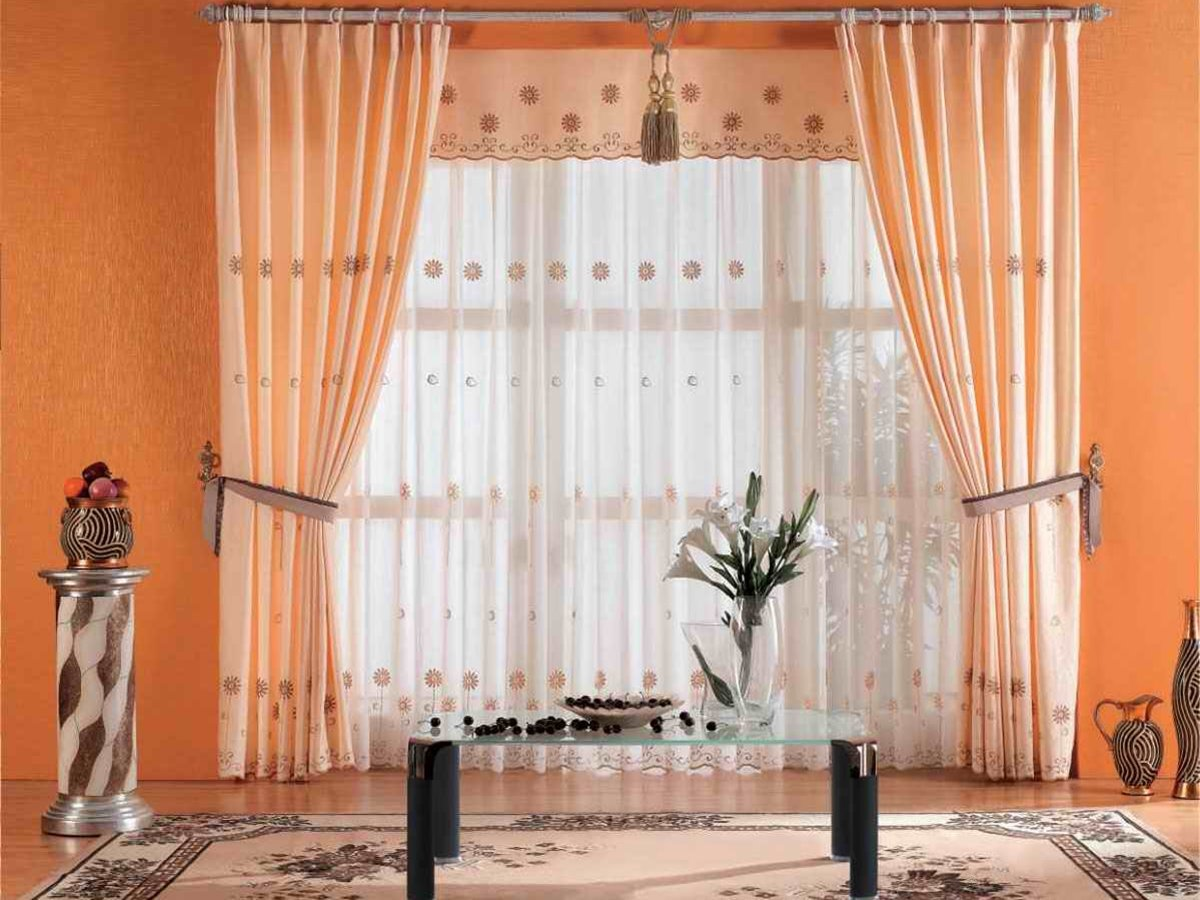 Minimalist Orange Window Curtain Design