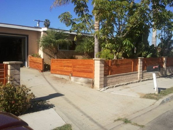 Modern Home Fence Materials Idea
