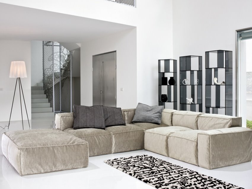 Sofa Design Selection For White Living Room