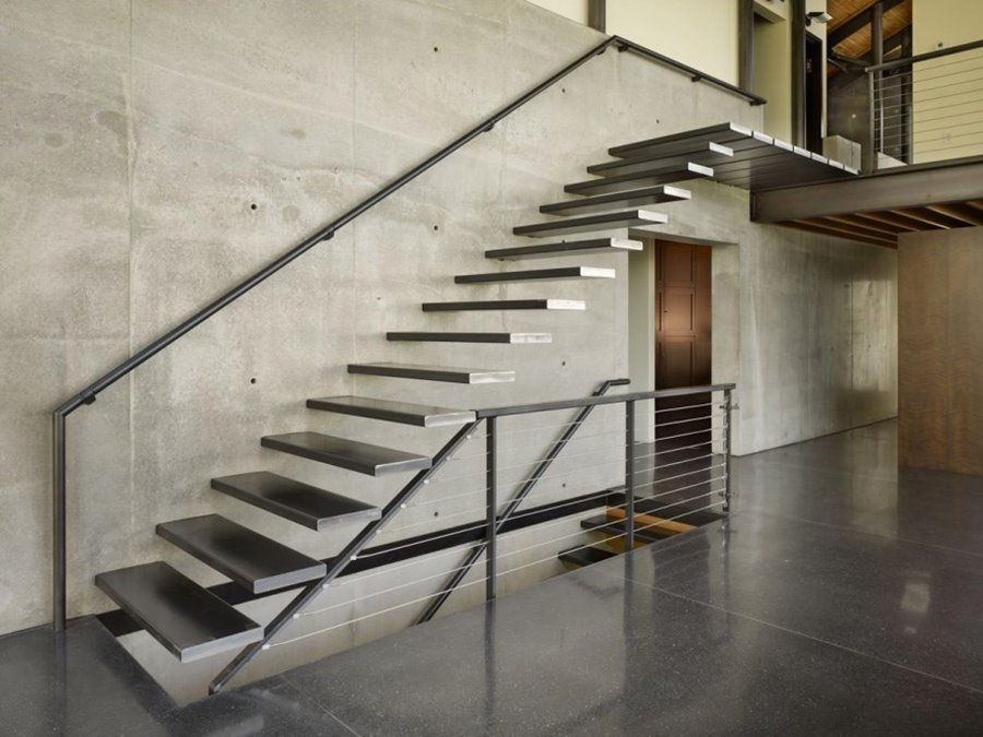 Tips To Choose Modern Home Stairs