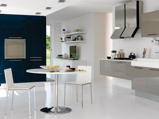 White Color For Luxury Modern Kitchen