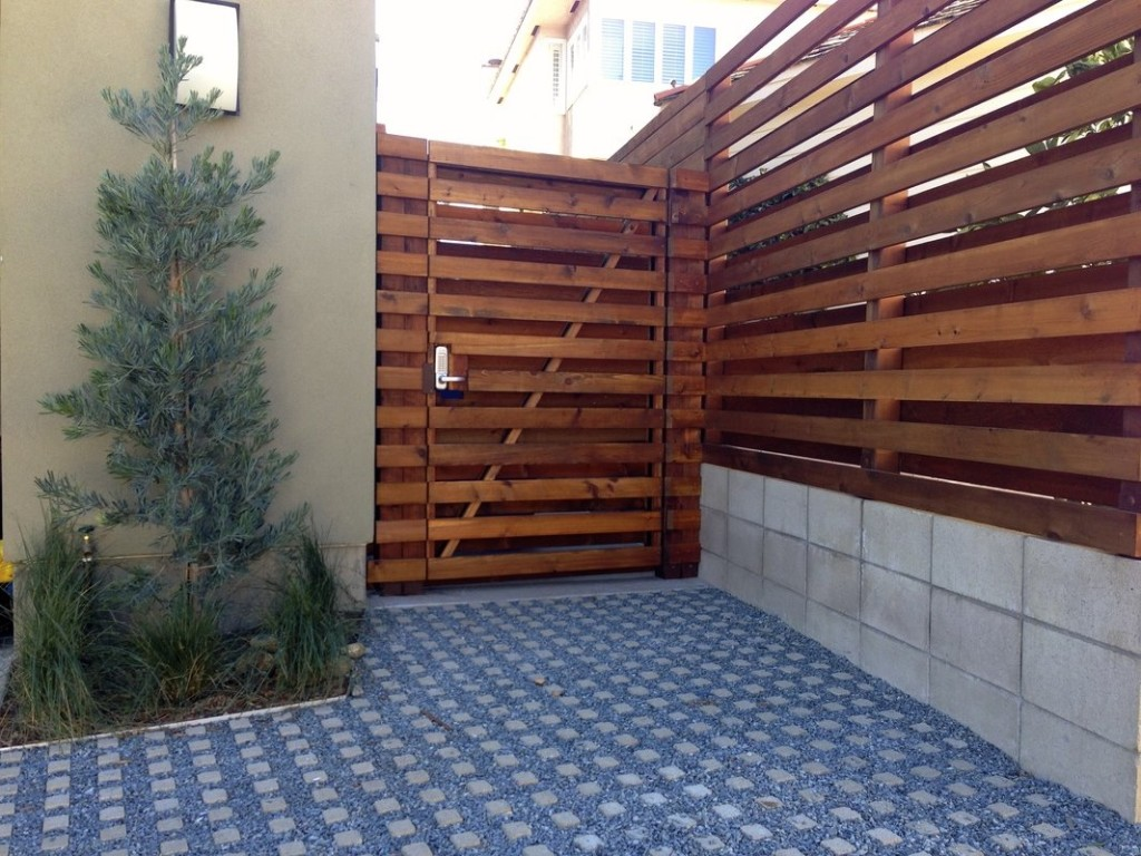 Wooden Material For Minimalist Fence