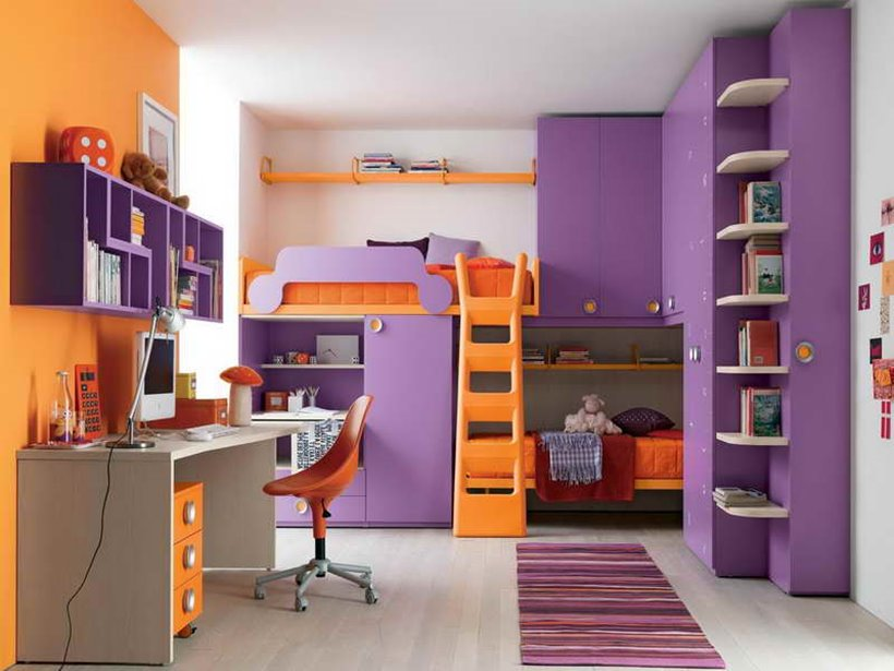 Colorful Bedroom With Desk For Child
