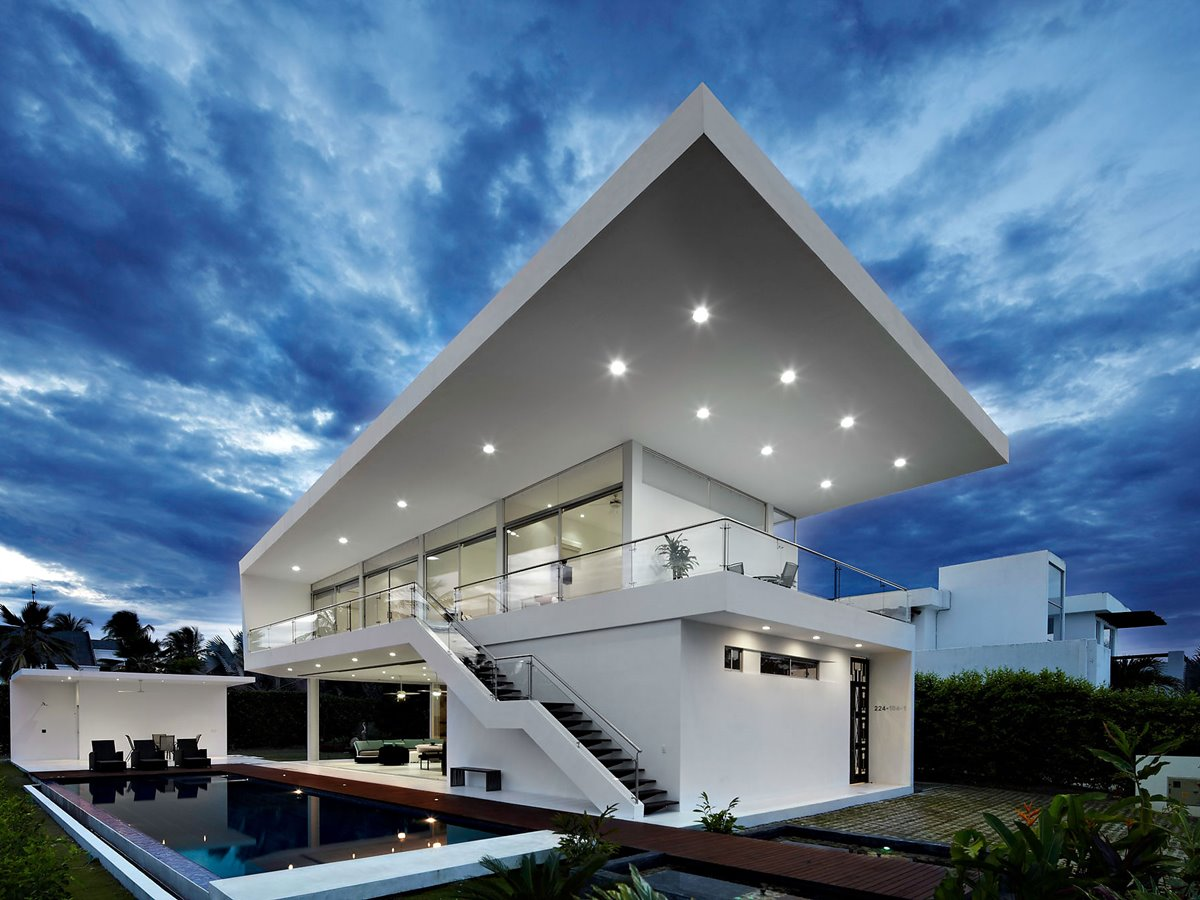 Flat Roof Design For Modern House
