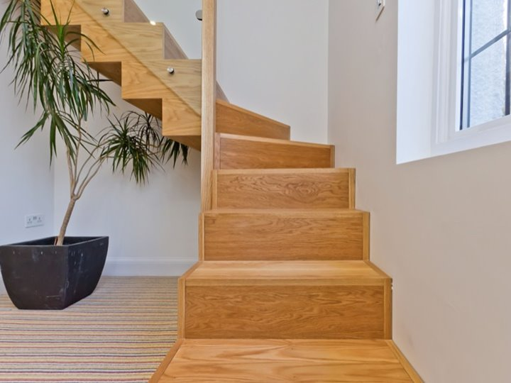 L Shaped Stairs For Minimalist House