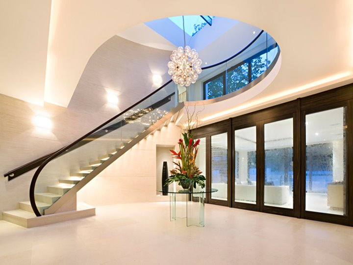 Luxury Home Stairs Form Design
