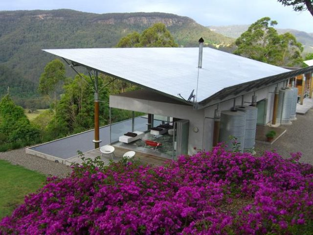 Modern Flat Roof For Small Home