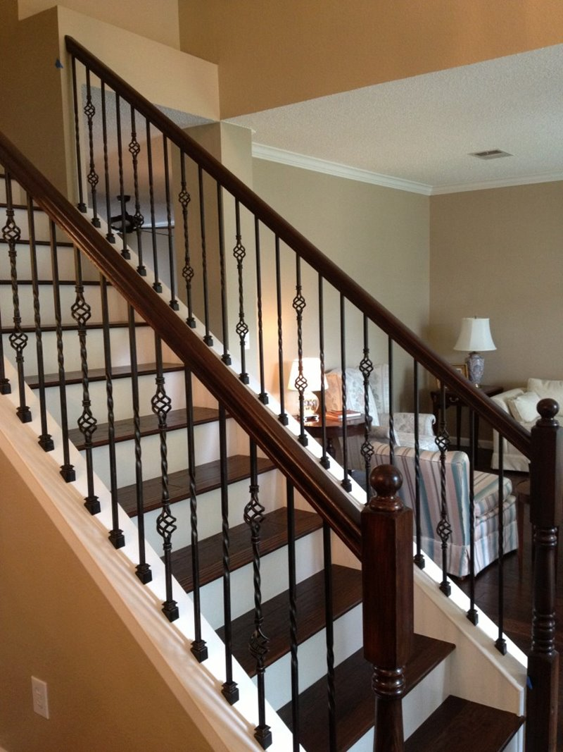 Modern Iron Stairs Design Idea