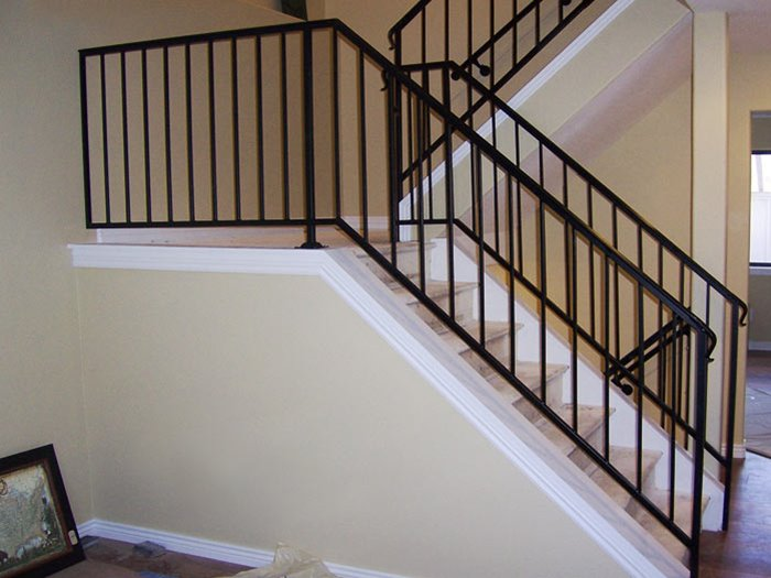 Safe Stairs Design For Modern House