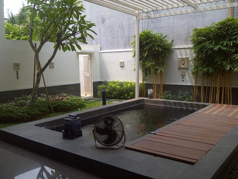 Minimalist fish pond ideas to create luxury landscape for Modern koi pond design