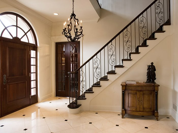 Simple Stairs For Luxury Home - 4 Home Ideas