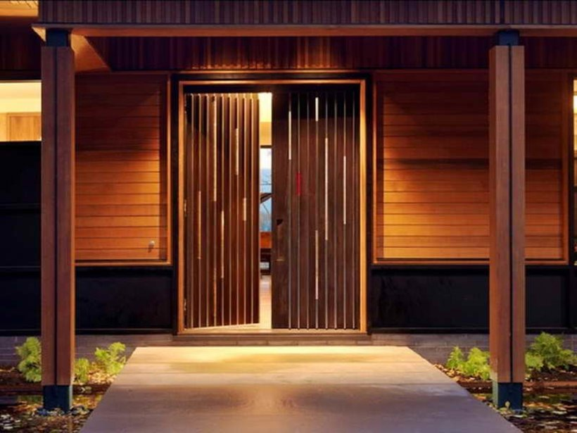 Tropical Home Design With Wooden Door